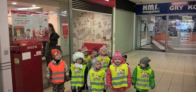 Odwiedziny grup młodszych na poczcie