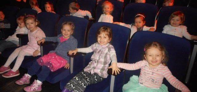 """Pierwsza wizyta """"Baranków Bożych"""" w teatrze!"""