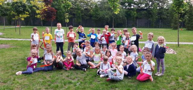 Sprintem do maratonu, czyli sportowy dzień w naszym przedszkolu !
